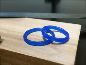 手作りのつちめデザイン結婚指輪