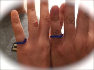 ねじりを加えたV字型の結婚指輪を手作り