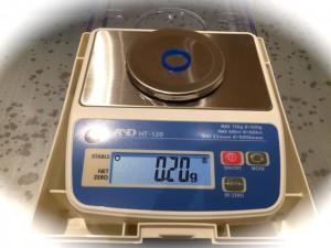 ワックスの重量を測る