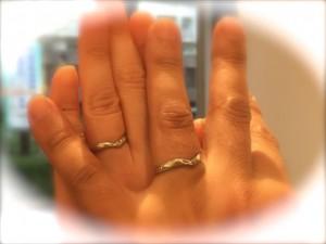 ねじりとV字の手作り結婚指輪