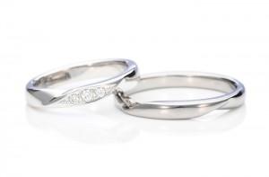 愛知-ダイヤ3石手作り指輪